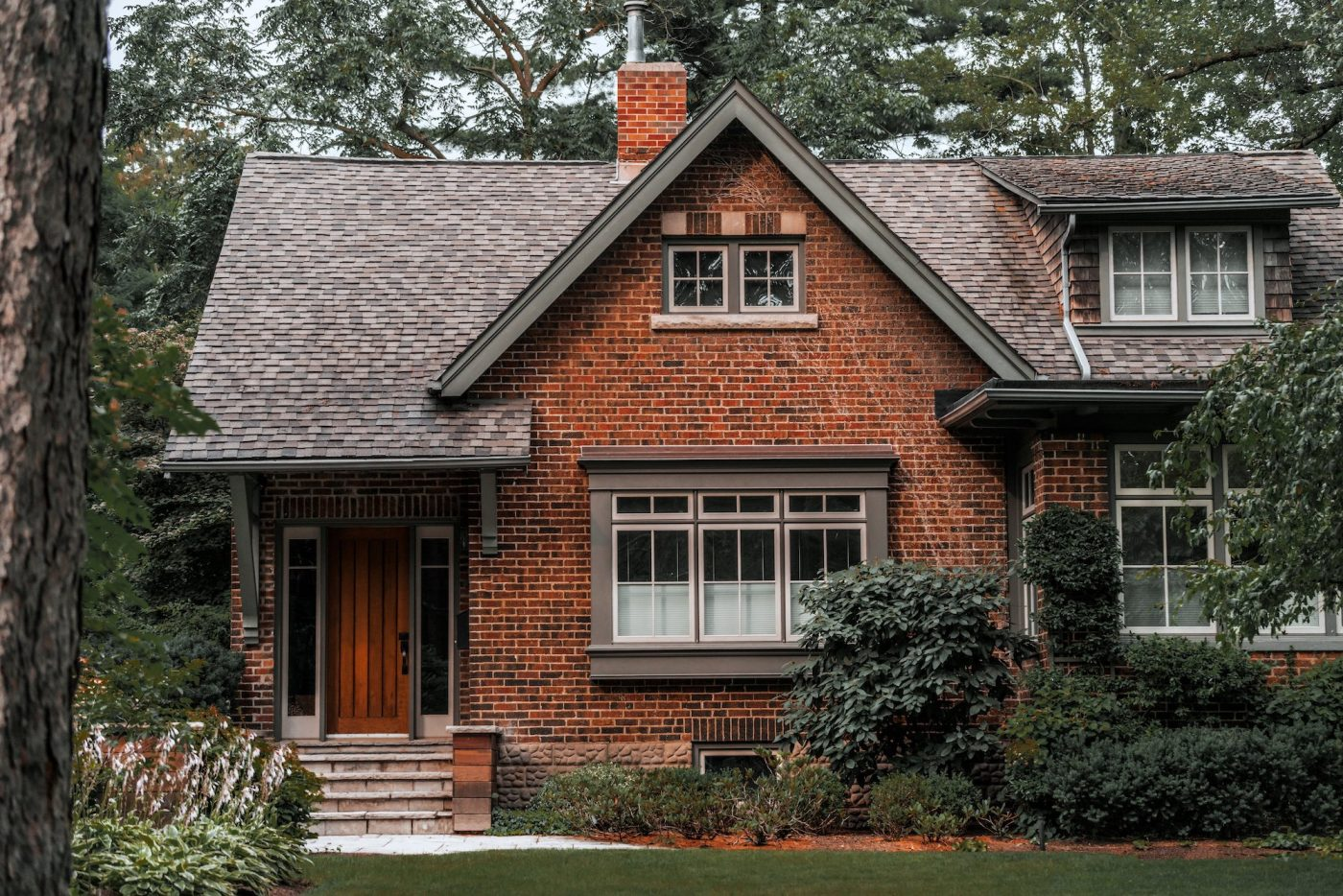 brick-country-home